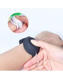 Distributor bracelet